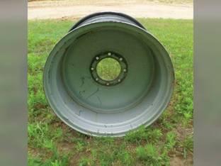 """Used 15"""" X 24"""" 8 Bolt Rim Gleaner R62 R75 R65 C62 R72 Massey Ferguson 9790 8680 9690 Challenger / Caterpillar 660 670 AGCO 71372133"""
