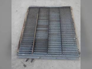 Used Top Chaffer Sieve Gleaner F2 F3 71194581
