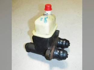 Used Dual Brake Master Cylinder Ford TW10 TW10 8200 8200 8700 8700 TW25 TW25 8600 8600 9200 9200 9000 9000 TW15 TW15 TW20 TW20 9700 9700 TW5 TW5 9600 9600 8000 8000 8400 8400 TW30 TW30 D3NN2140A