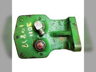 Used BreakAway Coupler RH John Deere 3010 4010 AR30777