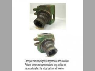 Used MFWD Steering Knuckle Housing John Deere 7610 7810 7600 7710 7800 7700 R124407
