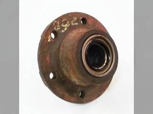 Used Wheel Hub Gehl 2600 065820