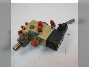 Used Hydraulic Control Valve John Deere 325 328 KV25564