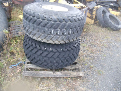 FIRESTONE PAIR(2) TURF TIRES18.4-16 ON WHEELS 90% TREAD REMAINING