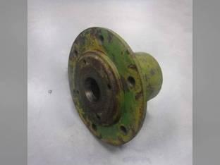 Used Wheel Hub Oliver 660 550 66 102718A