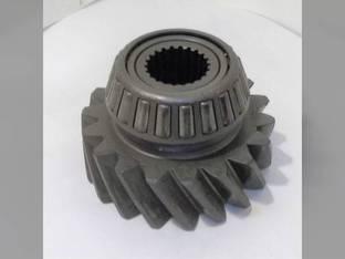Used MFWD Idler Shaft Gear John Deere 4755 4555 4955 4850 4960 4650 4760 4560 R71319