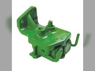Remanufactured Break-Away Coupler RH John Deere 3010 4010 AR30781