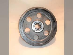 Used Planetary Input Shaft w/Gear John Deere 4050 4255 4055 4450 4250 4455 R70843