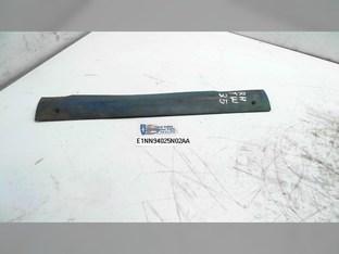 Molding-body Pillar     RH