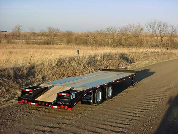 2019 Neville 30' tag trailer w/beaver tail