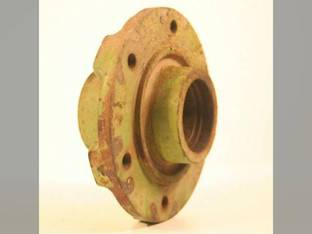 Used Wheel Hub John Deere 1525 945 1219 3940 955 956 1217 1424 1214 3970 1380 3950 946 3800 3975 1600 1209 3955 3960 AE54615