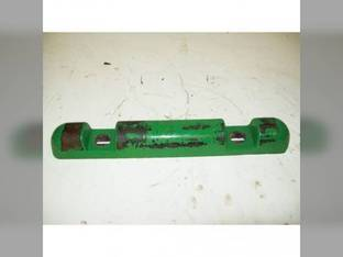 Used Feederhouse Front Block Clamp John Deere 9400 9650 STS CTS 9650 9500 SH 9500 9750 STS 9410 9650 CTS 3300 9510 CTSII 9600 9510 SH 9550 9450 9550 SH 9610 4400 H159975