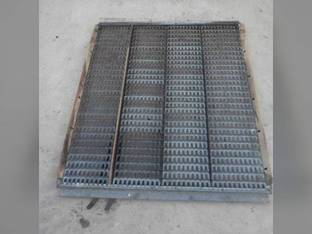 Used Top Chaffer Sieve Gleaner F2 F3 71194581