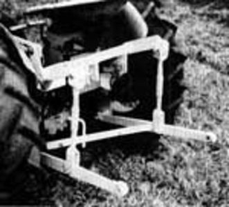 3-Point Hitch Conversion Kit International Cub