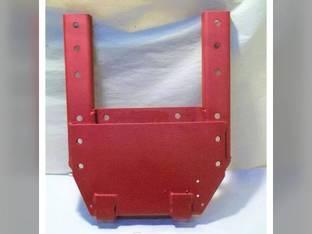 Used Fender Bracket - LH Channel Style International Hydro 100 1466 766 1066 1468 966 65117C1