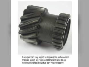 Used Transmission Drive Shaft Gear John Deere 4010 R44641