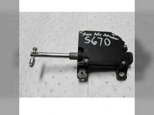 Used Sieve Actuator John Deere S650 S660 S670 S680 S690 T550 T560 T660 T670 W540 W550 W650 W660 AXE50786