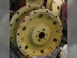 Used Rear Cast Wheel John Deere 4455 4755 4555 4955 R99582