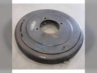 Used Cylinder Drive Magnet Body RH Gleaner L2 L3 M2 M3 71306015
