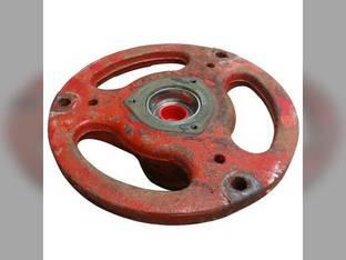 Used Front Wheel Hub IH International M 400 450 8284DB