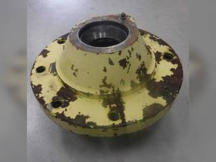 Used Wheel Hub John Deere 4050 2955 6410 4240 6200 4450 4230 6510 6420 6405 4250 6300 6120 6400 300 6600 6320 4255 4455 6500 6500 6110 4430 1840 4040 4030 730 4055 6210 4440 6605 3055 310 6220 6310