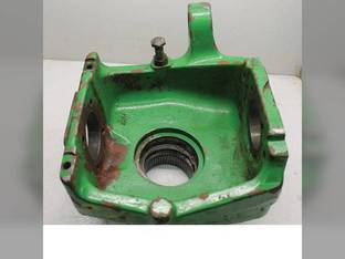 Used MFWD Knuckle Housing John Deere 7220 6715 7320 7425 7420 7520 6615 7210 6155J 7405 6605 7410 7525 6140J 7500 L110473