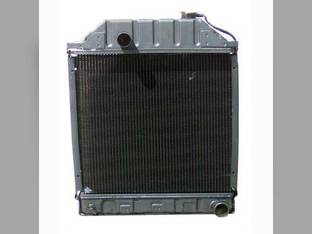 Radiator Ford 5600 5200 4400 340A 5100 545A 4500 535 5700 340 545 450 5000 540 231 3400 445 2300 3100 445A 2600 3500 233 4600 532 2000 333 6600 3300 2100 515 3000 335 4200 3600 4000 4100 531 250C 420