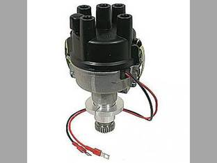 Distributor with Electronic Ignition - 6 Volt International C 350 230 Super M 100 HV 240 A M H MTA 300 340 400 200 Super C 450 330 Super A B Super MTA Super H 353890R91