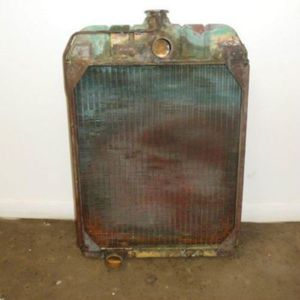 Used Radiator International 560 460 370414R92