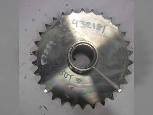Used Axle Drive Sprocket Case SV250 SR250 SV280 SV300 SR220 SR240 84259684
