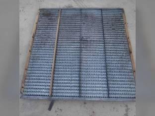 Used Bottom Chaffer Sieve Gleaner F2 F3 71194582