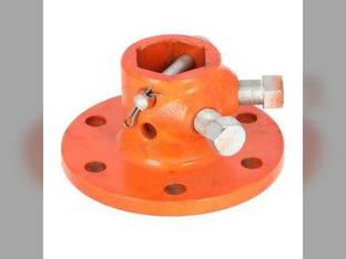 Wheel Hub Kubota B1750 B4200 B6000 B1550 B6100 B7100 B1400 B6200 B5100 B1500 B2150 67980-82400 Yanmar YM1300 YM194200-34711