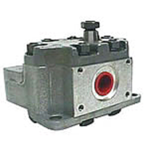 Single Hydraulic Pump - Belly Mount, 3 Bolt
