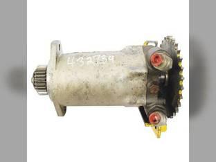 Used Hydraulic Drive Motor New Holland L555 L554 L553 795608 John Deere 675B 675 MG795608