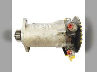 Used Hydraulic Drive Motor New Holland L555 L554 L553 795608 John Deere 675 675B MG795608