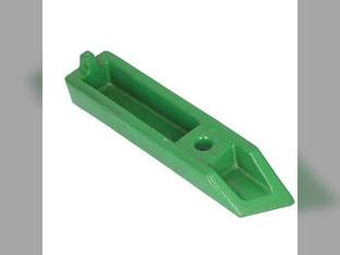 Sway Block - Left Side John Deere 6200 6100 6520 6620 6120 6320 7320 7230 6220 6410 6430 6400 6530 6610 6510 6330 6130 6300 6600 6630 6500 6110 6310 7130 6230 6405 7220 6210 6420 L77501