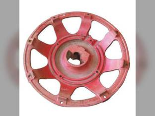 Used Rear Cast Wheel International 674 584 544 686 884 784 Hydro 84 Hydro 70 2500 574 2544 666 Hydro 86 684 656 2656 Case IH 955 595 695 685 585 885 392415R1
