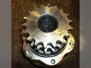 Used Hydraulic Drive Motor - LH Gehl 6640 4640E 4640 5240 5640 5640E 4840 4840E 140571