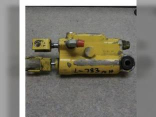 Used Servo Valve New Holland L783 L781 L784 L785 9804377